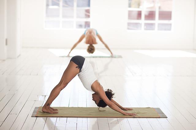 yoga_2959213_640_640.jpg
