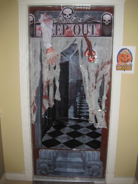 Halloween Door Decorating Contest Winners  wwwimgarcade  ~ 153924_Halloween Decorating Ideas Apartments